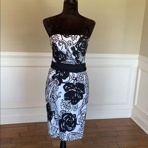 WHBM Strapless Floral Patterned Sheath Dress